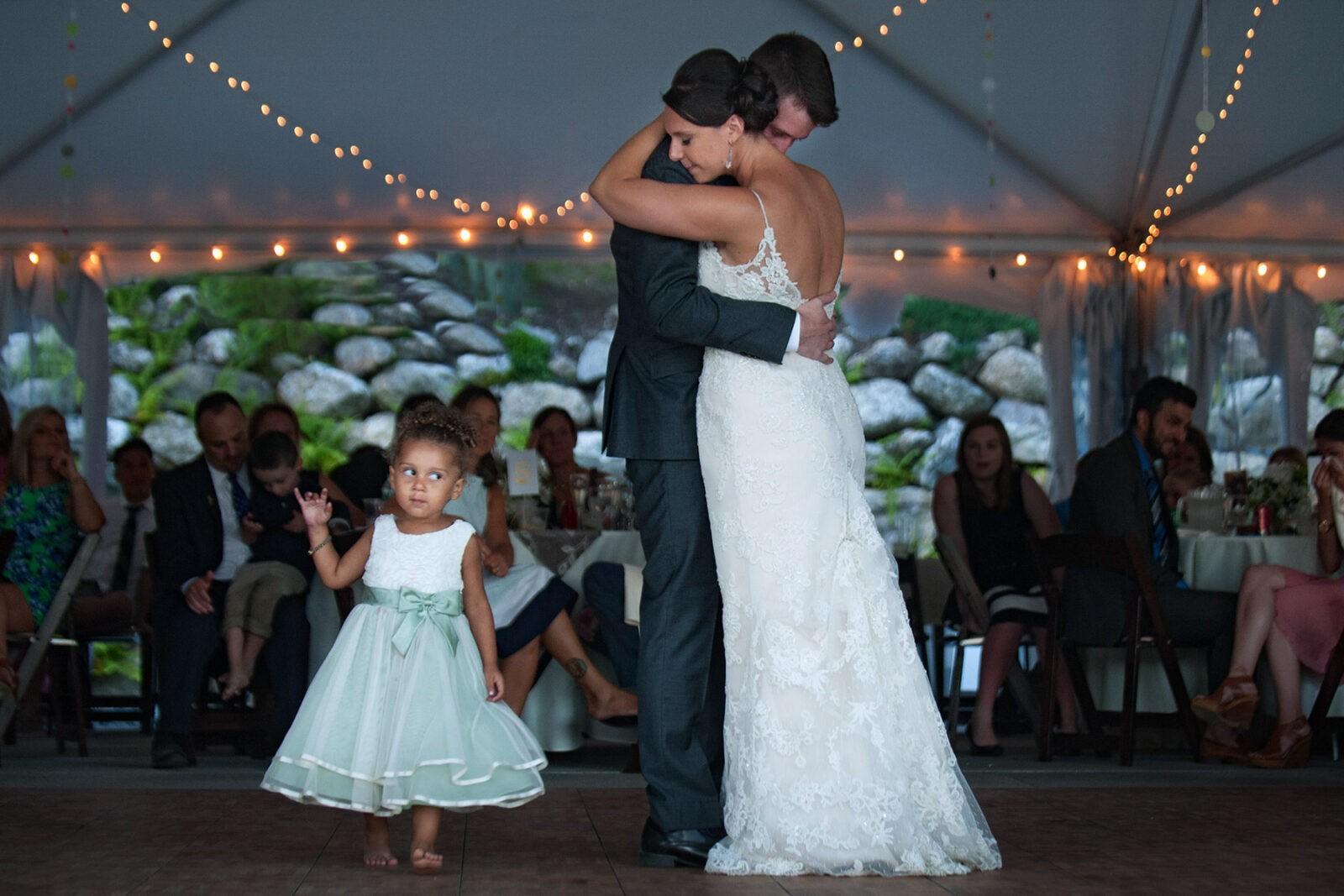 LAKE SHORE VILLAGE RESORT WEDDING IN WEARE, NH